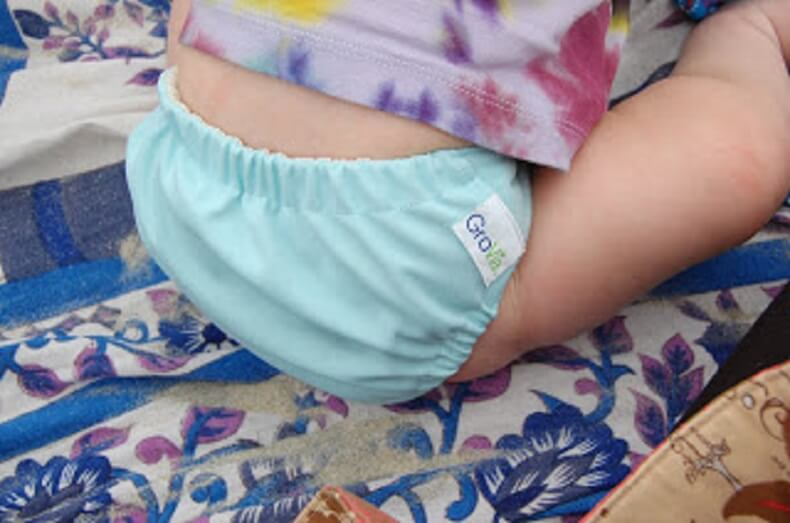 Read more about the article Traveling with a Hybrid Cloth Diaper System