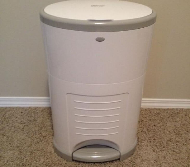 Dékor Diaper Pail Review & Why I Don't Use The Included Liner